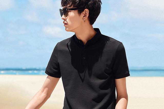 男性时尚短袖,带你清凉一夏