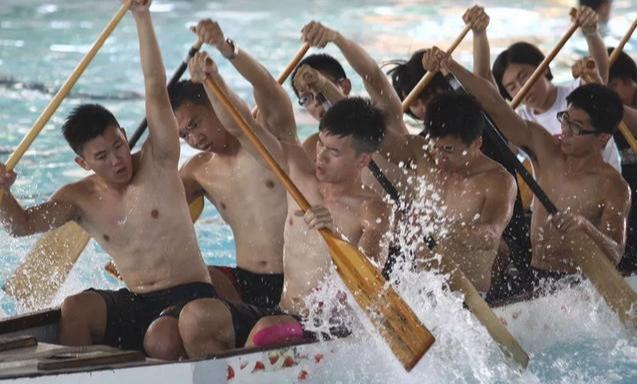 龙舟体育生的身材满屏都是男性荷尔蒙的味道
