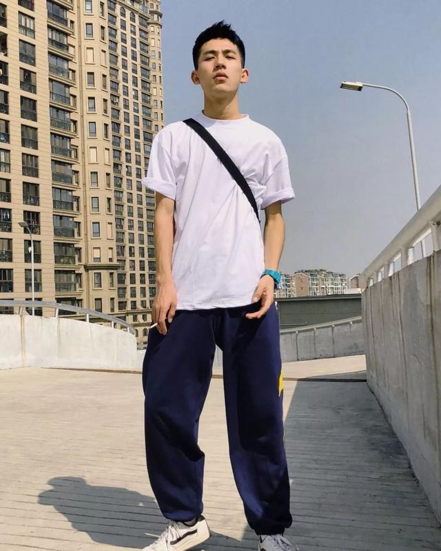 南京林业大学97年的校草!青春气息扑面而来